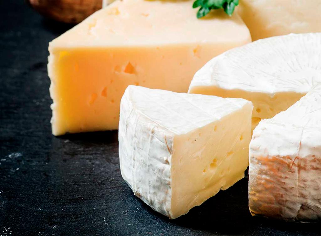 soterano-queso-de-leon-ladespensa-diariodeleon_0000_queso-home-slider-02